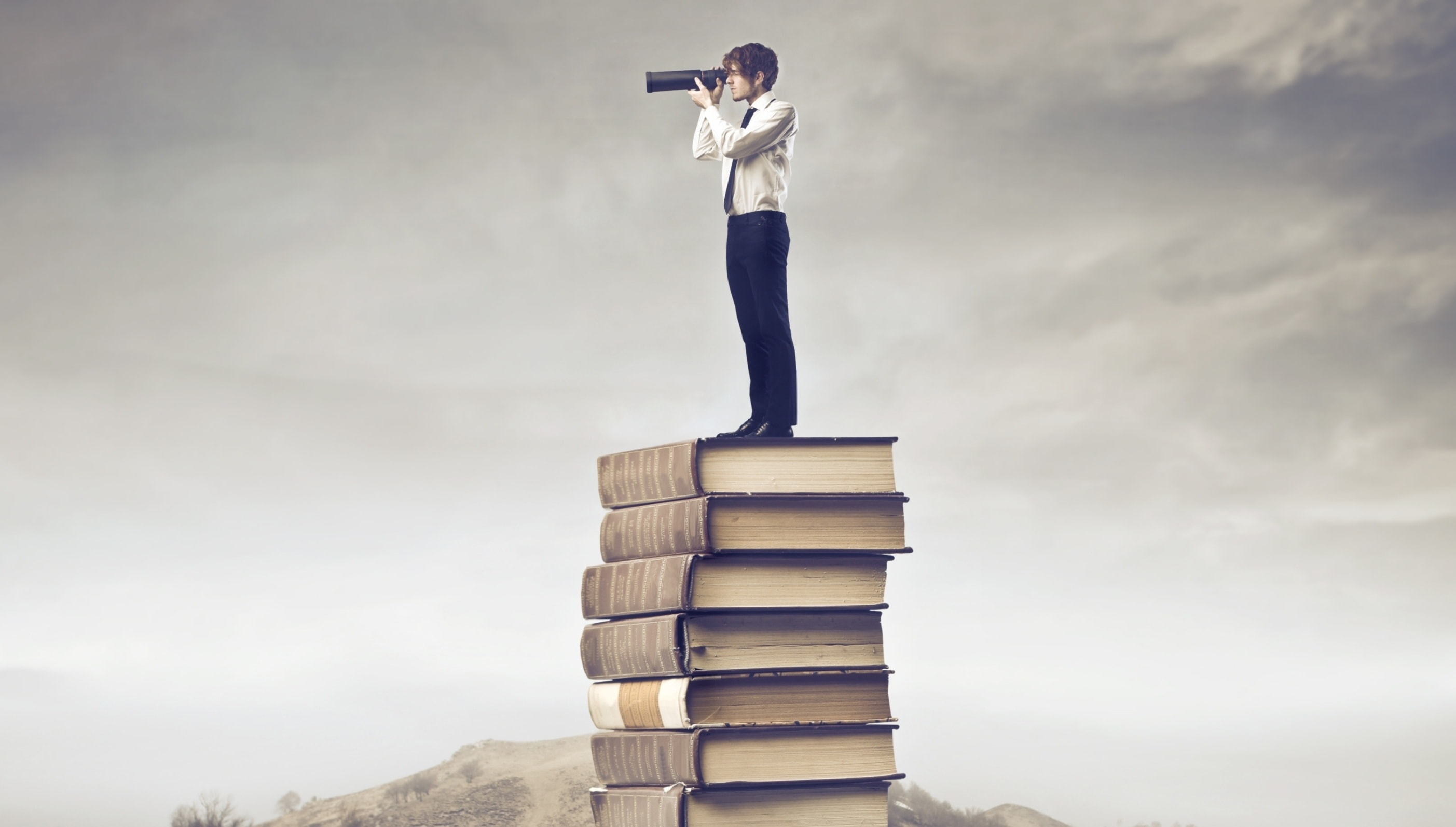 Explore-The-World-With-Books-2880x1920-min